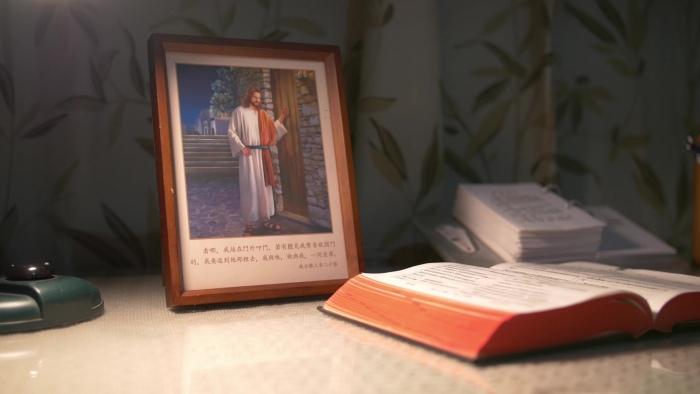 Пришествие Иисуса Христа почему именно выглядит в образе воплотившегося Сына Человеческого?